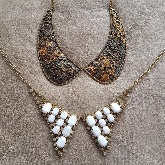 Proceeds* 2 go 2 charity! Necklace (2 items)
